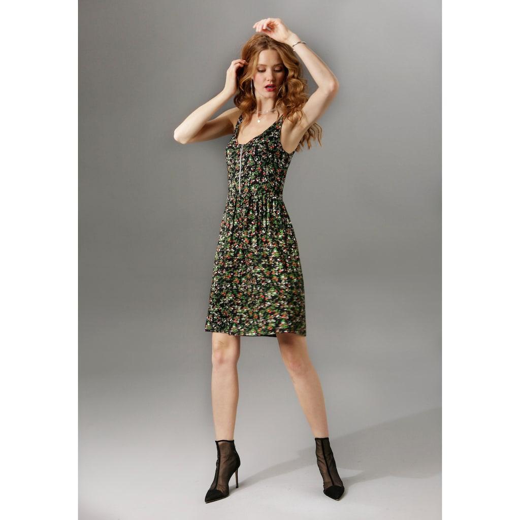 Aniston CASUAL Sommerkleid, mit Stern-Anhänger am Reißverschluss