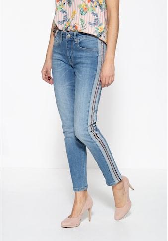 ATT Jeans 5-Pocket-Jeans »Mara«, mit seitlichem Einsatz und Nietenband kaufen