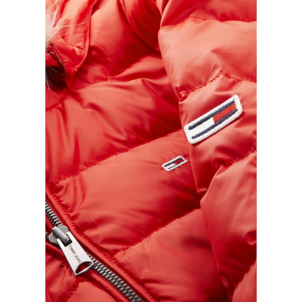 Tommy Jeans Daunenjacke »TJW BASIC HOODED DOWN JACKET«, mit Fellimitat an der Kapuze & Tommy Jeans Logo-Flag