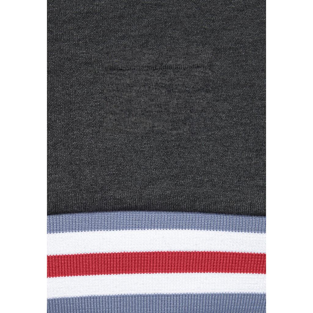Bench. Sweatshirt, mit Stehkragen und gestreiften Bündchen
