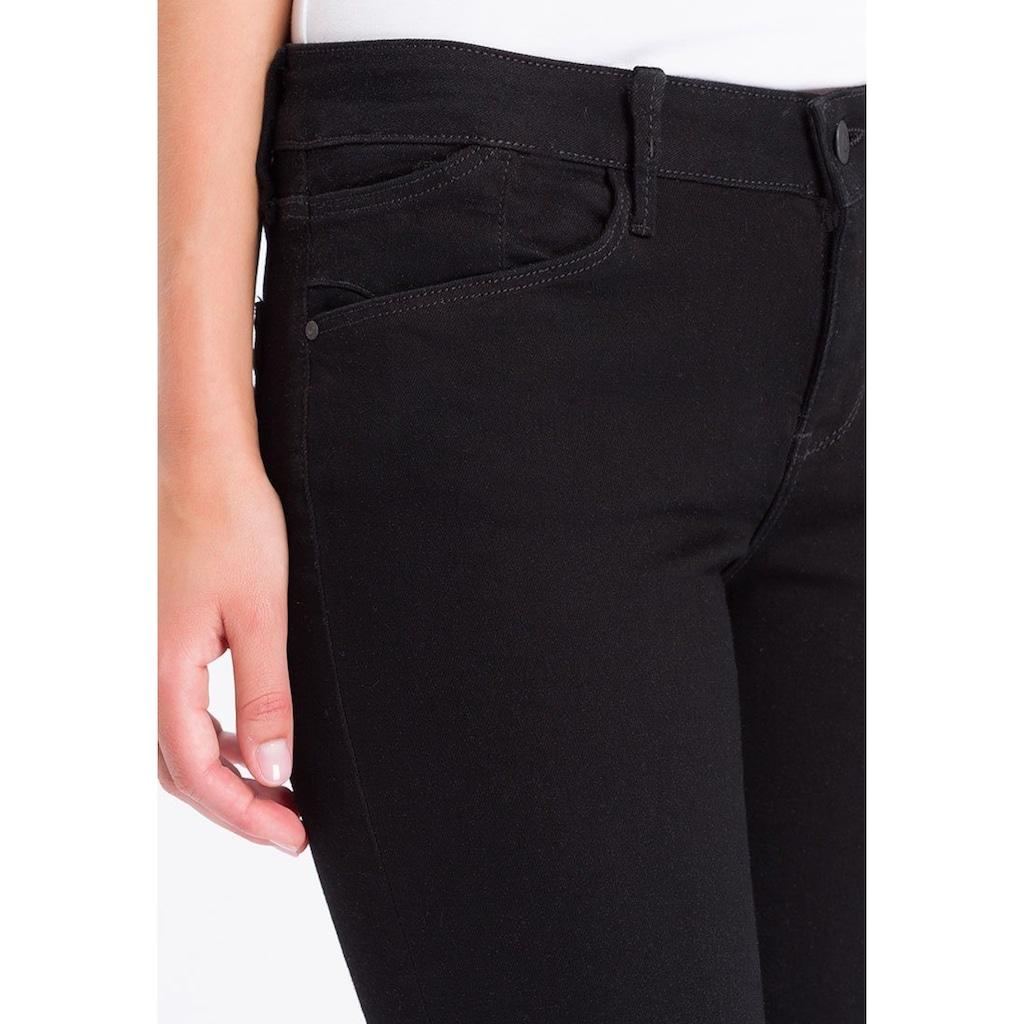 Cross Jeans® Regular-fit-Jeans »Rose«, Backpocket-Stitching