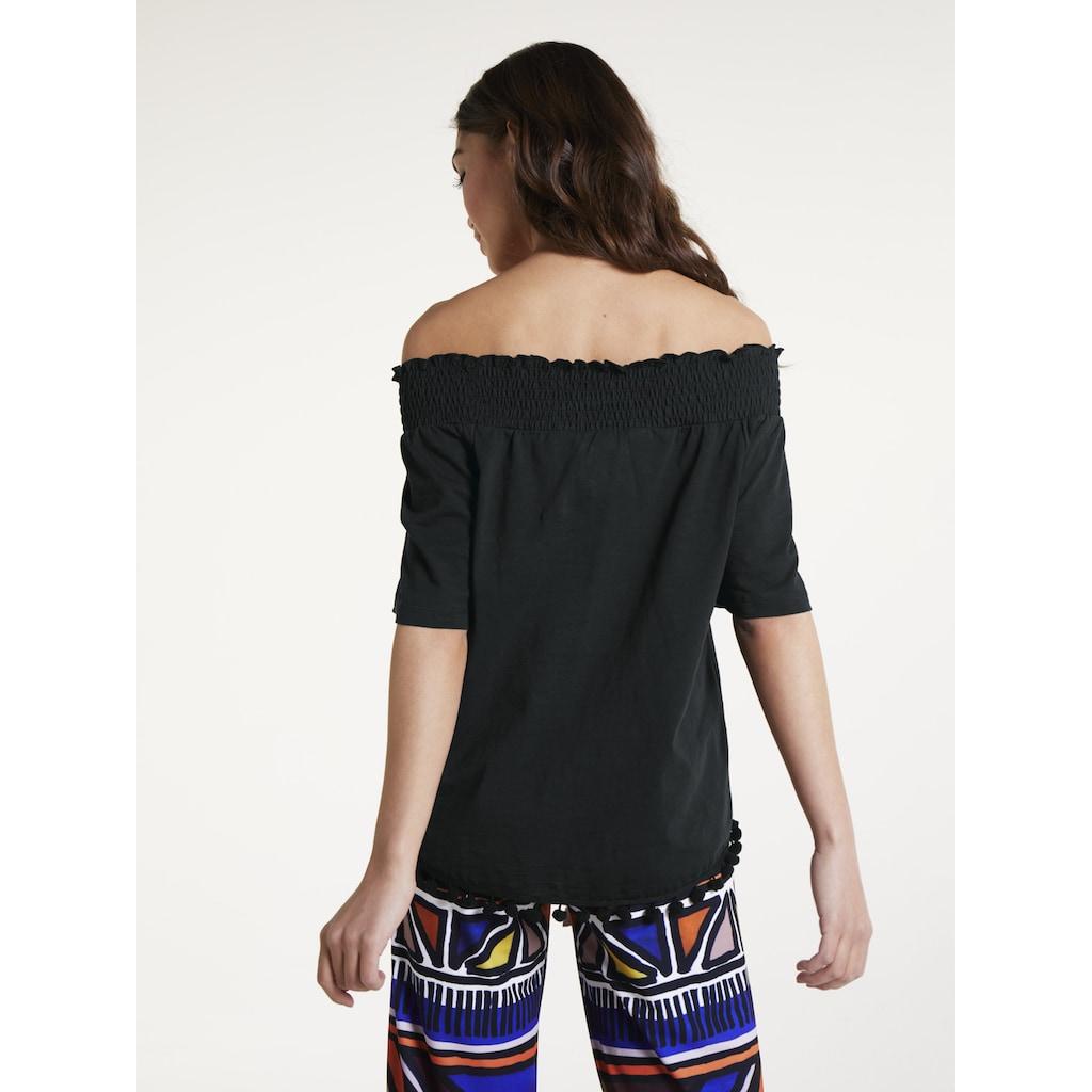 Shirt mit flexiblem Ausschnitt