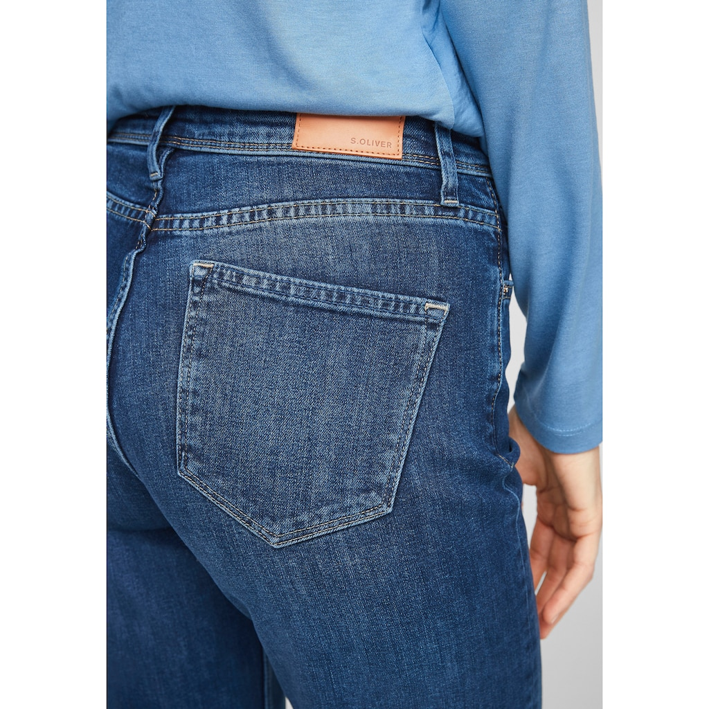 s.Oliver Bootcut-Jeans, in klassischer Waschung