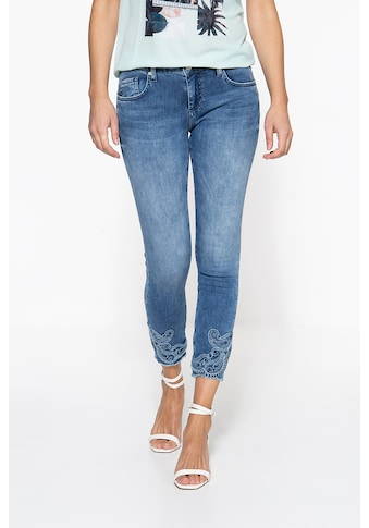 ATT Jeans Slim-fit-Jeans »Leoni«, mit Stickereien am Saum kaufen
