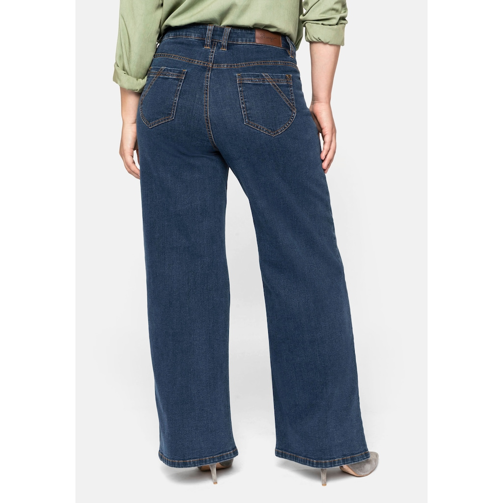 Sheego Stretch-Jeans, in geradem, weiten Schnitt