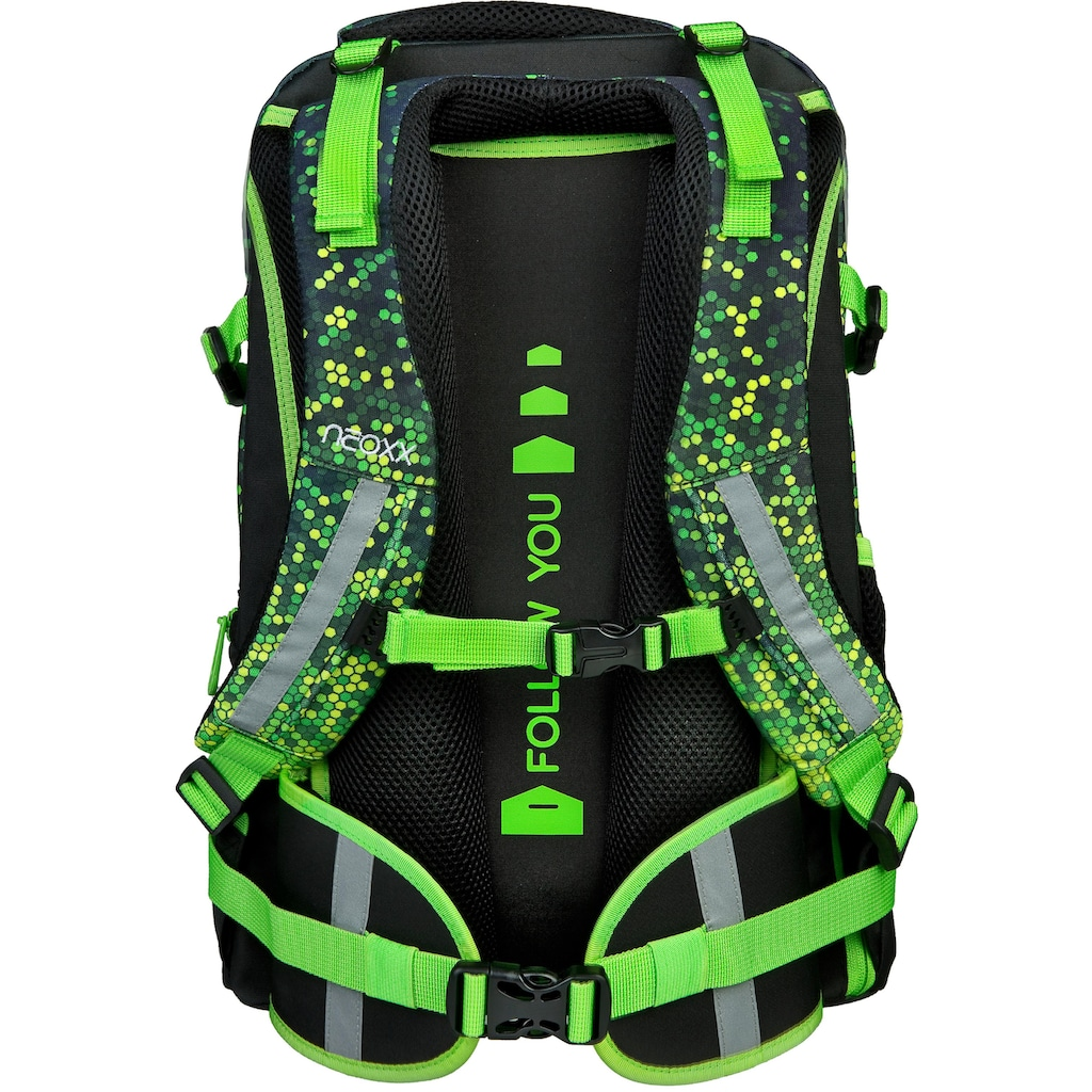 neoxx Schulrucksack »Active, Pixel in my mind«, aus recycelten PET-Flaschen