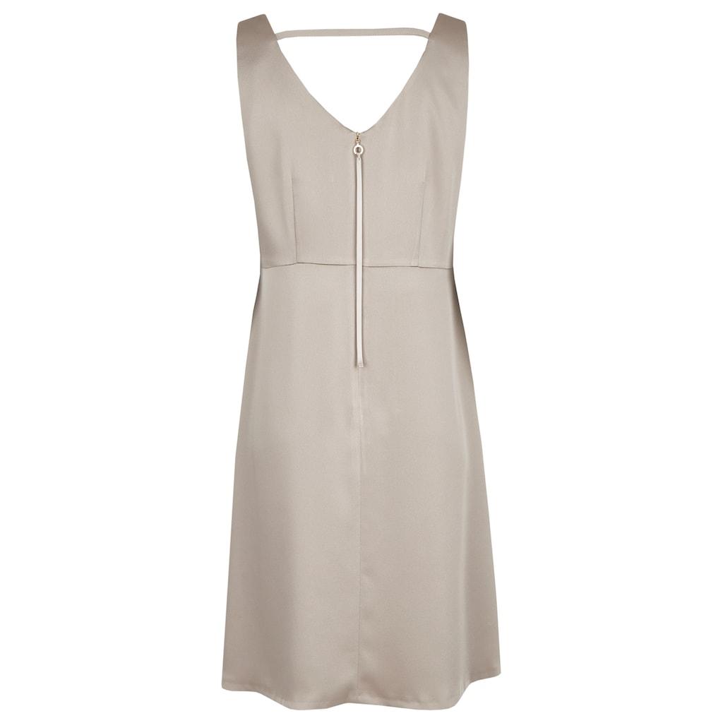 Daniel Hechter A-Linien-Kleid, mit beidseitigem V-Ausschnitt