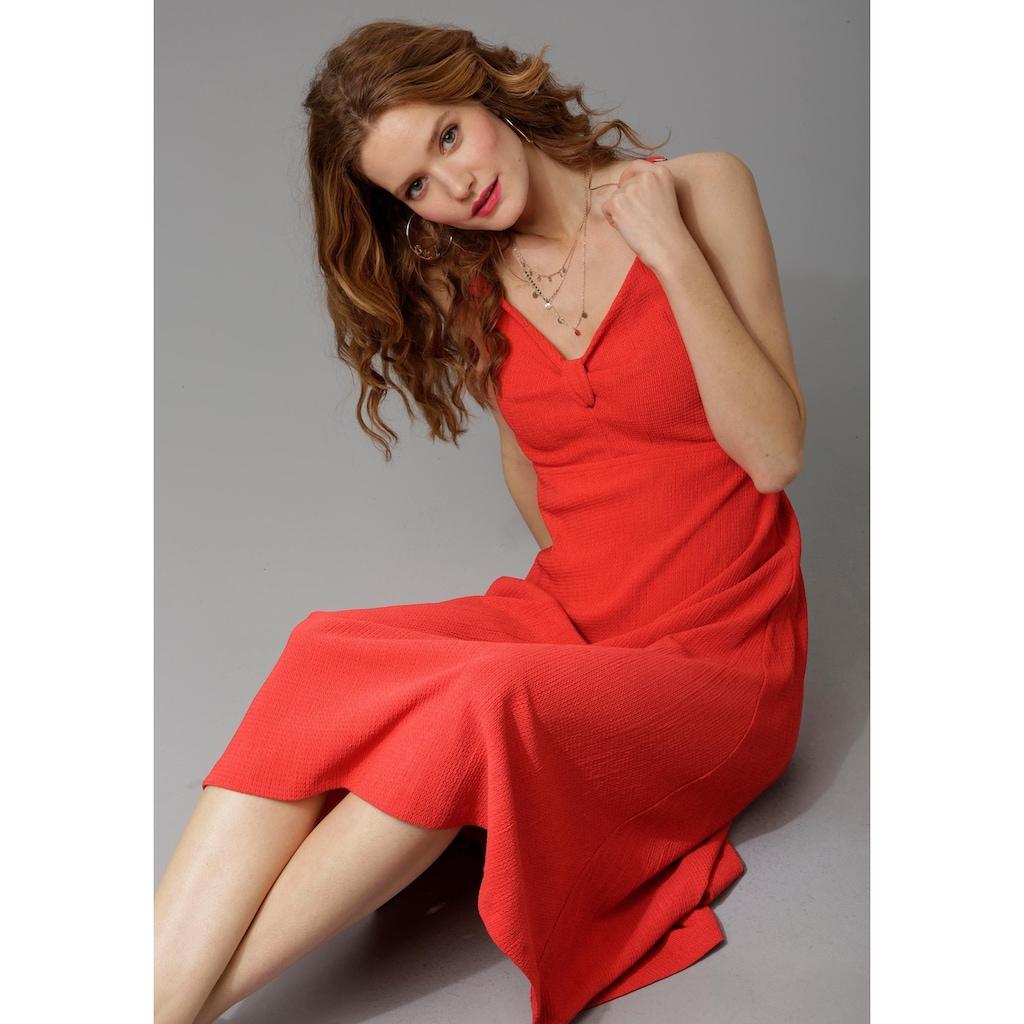 Aniston CASUAL Sommerkleid, mit dekorativem Knoten am Dekolleté