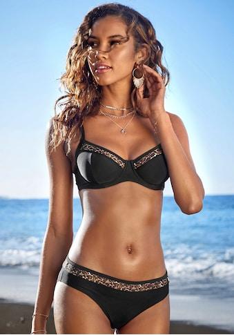 LASCANA Bügel-Bikini-Top »Adele«, mit trendigen Details kaufen