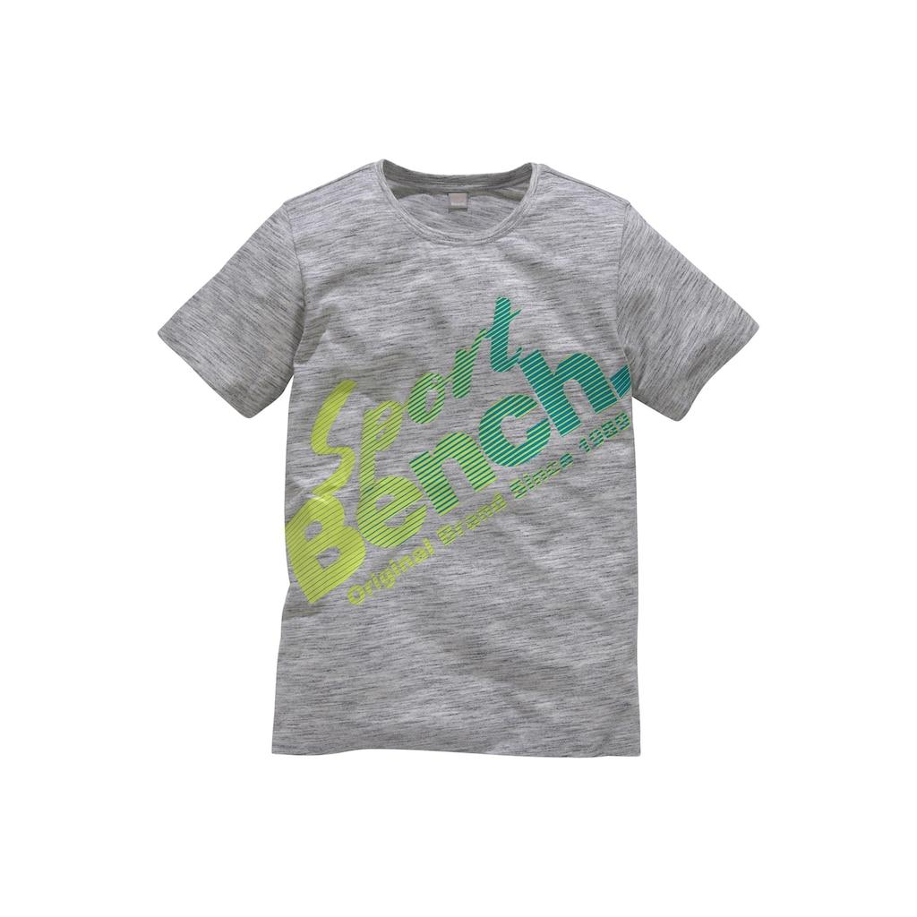 Bench. T-Shirt, mit coolem Druck