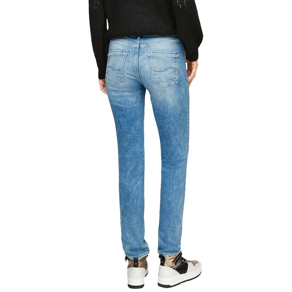 Q/S designed by Slim-fit-Jeans, mit dekorativer Knopfleiste