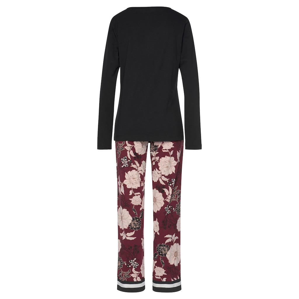 s.Oliver Bodywear Pyjama, im Blumen-Dessin mit Streifen-Details