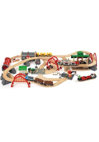 BRIO® Spielzeug-Eisenbahn »BRIO® WORLD Straßen & Schienen Bahn Set Deluxe«, FSC®-Holz aus gewissenhaft bewirtschafteten Wäldern kaufen