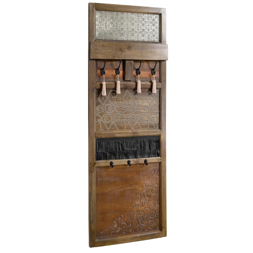 Garderobenpaneel kunsthandwerklich gefertigt