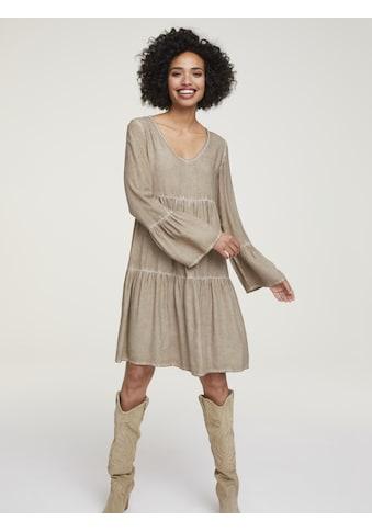 Kleid mit Schmuckdetail kaufen