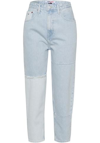 Tommy Jeans Mom-Jeans »Mom Jean UHR TPRD AE717 RPLBR«, mit ausgefransten Nähten &... kaufen