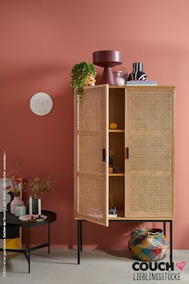 Highboard mit feinem Rattan-Geflecht
