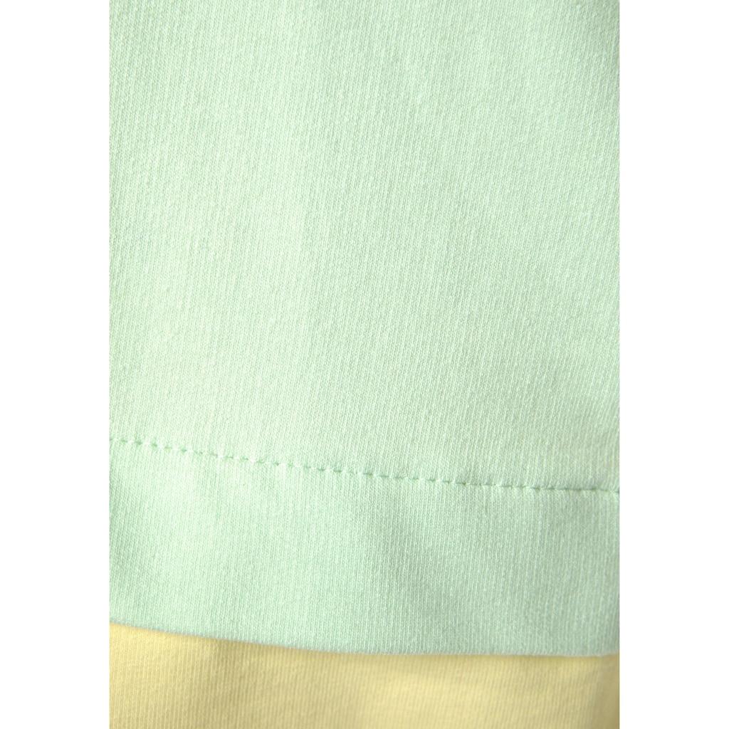 Bench. Kapuzensweatshirt, in Color-Block-Optik