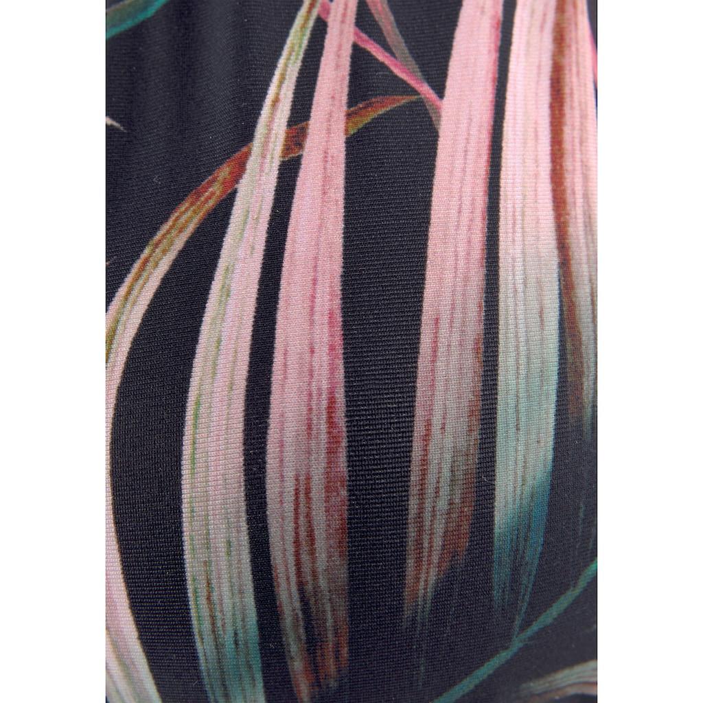 LASCANA Triangel-Bikini-Top »Reese«, mit goldfarbenen Zierringen