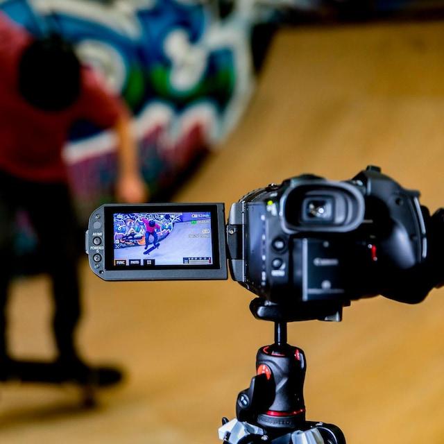 Canon »Legria GX-10« Camcorder (4K Ultra HD, WLAN (Wi-Fi), 15x opt. Zoom)