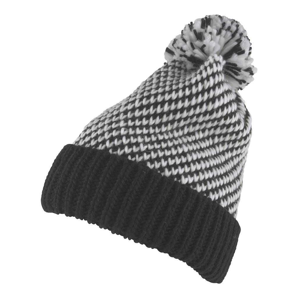 Mütze mit modischem Bommel