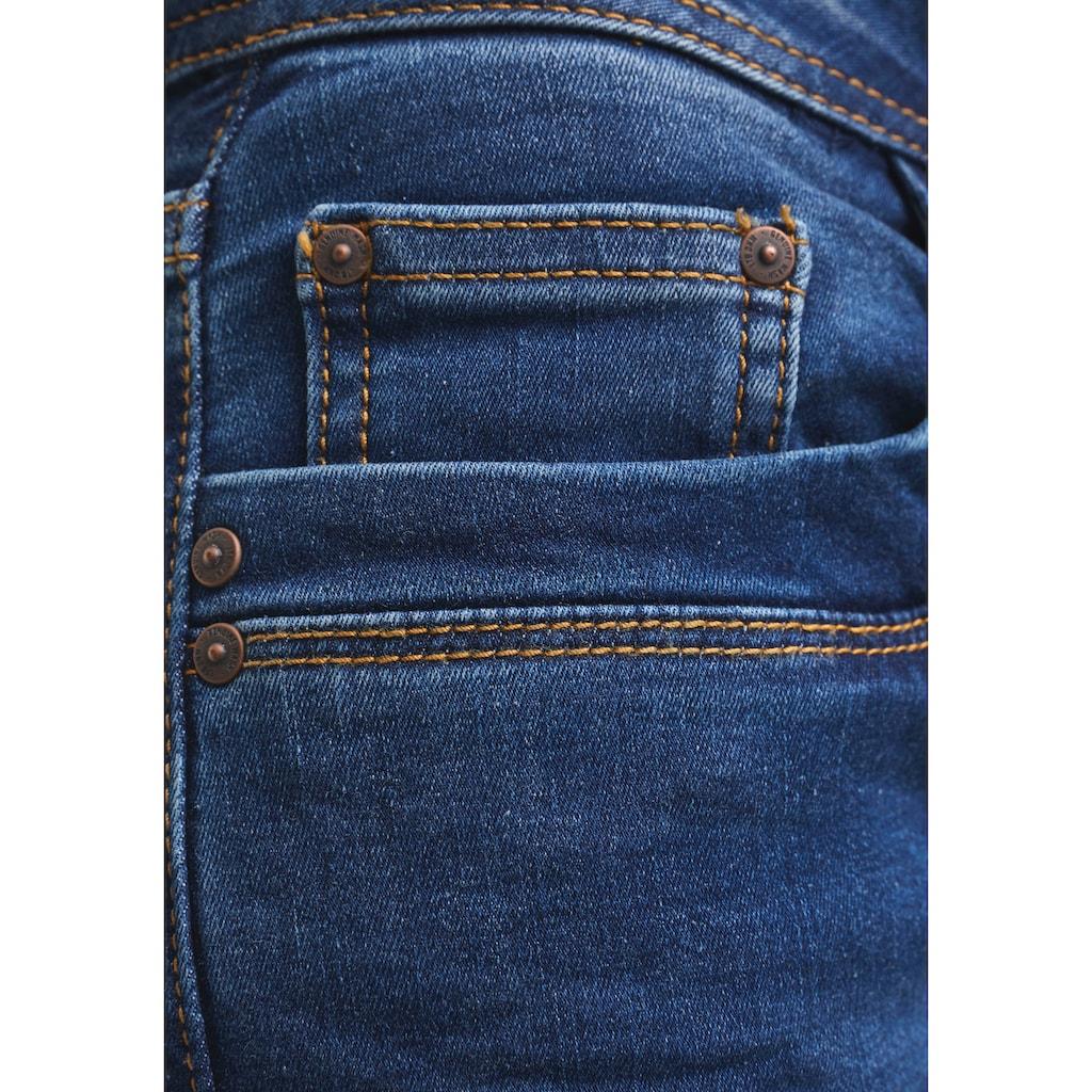 LTB Bootcut-Jeans »VALERIE X«, mit Stickerei auf Backpocket