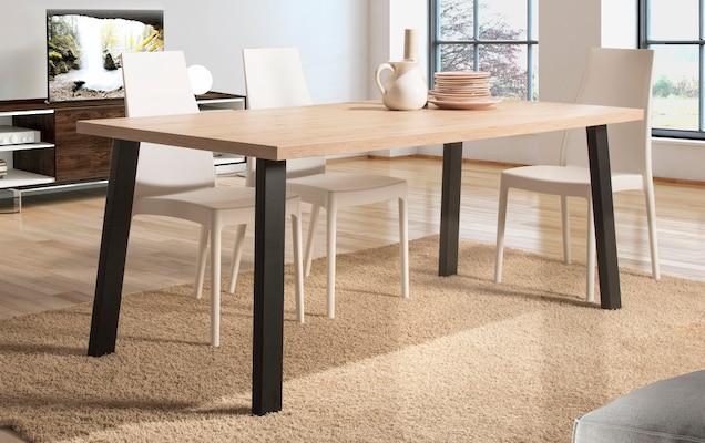 Esstisch aus FSC®-zertifiziertem Holzwerkstoff
