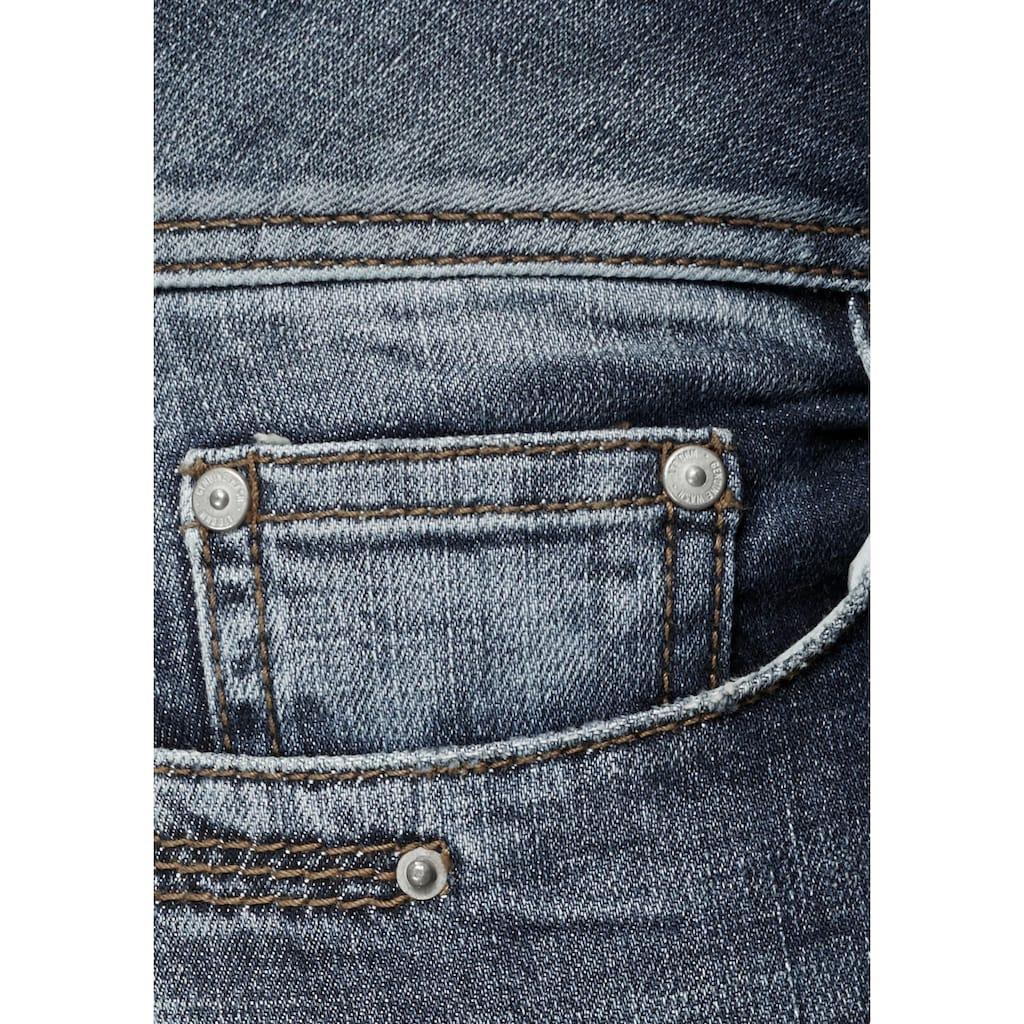 LTB Caprijeans »GEORGET CYCLE«, mit kleinem Schlitz hinten am Saum als besonderes Detail