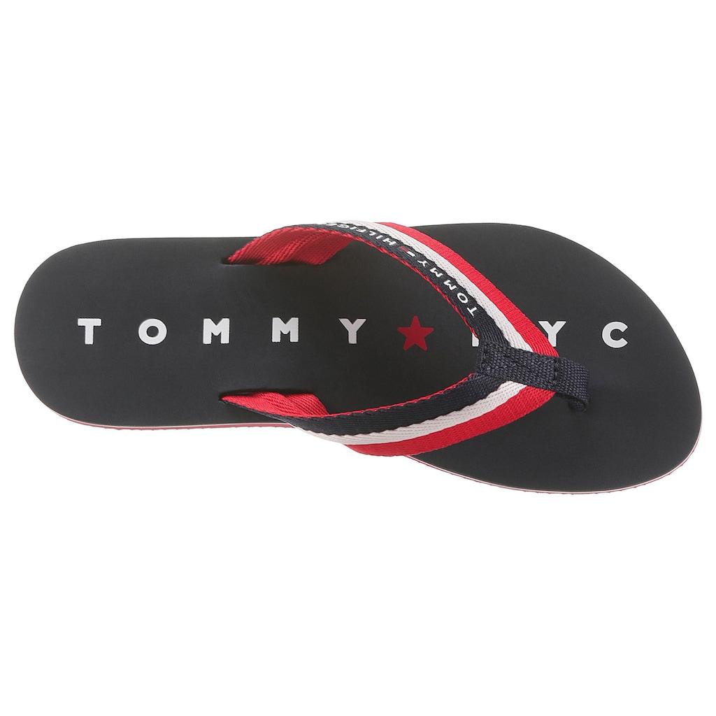 TOMMY HILFIGER Zehentrenner »Mellie 13«, mit Logo ausf der Laufsohle
