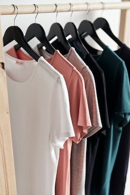 nachltige Damen T-Shirts in bunten Farben