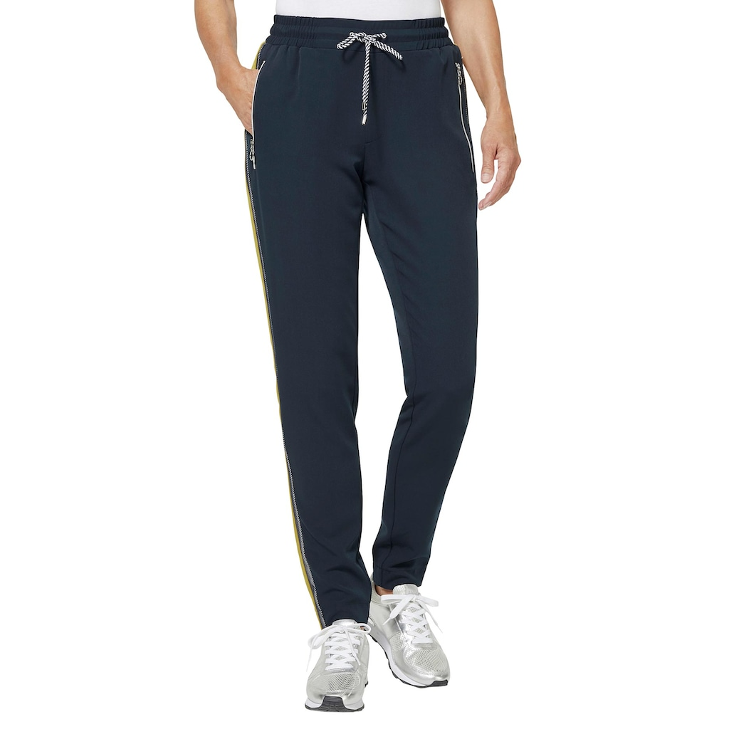creation L Jogger Pants