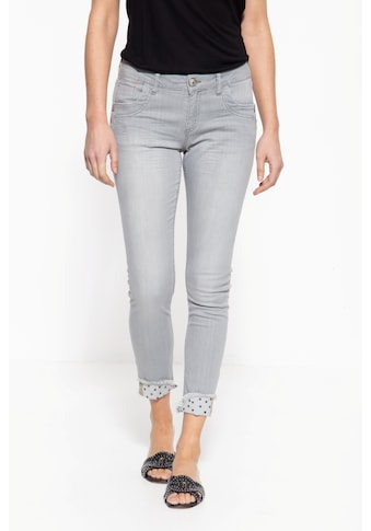 ATT Jeans 5-Pocket-Jeans »Leoni«, mit coolem Nieten-Detail kaufen