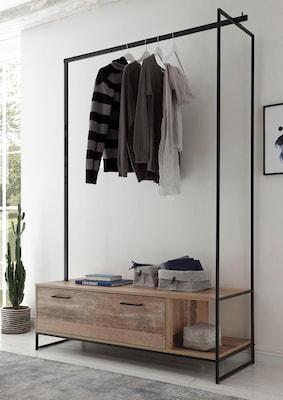 moderner Kleiderständer für die Garderobe