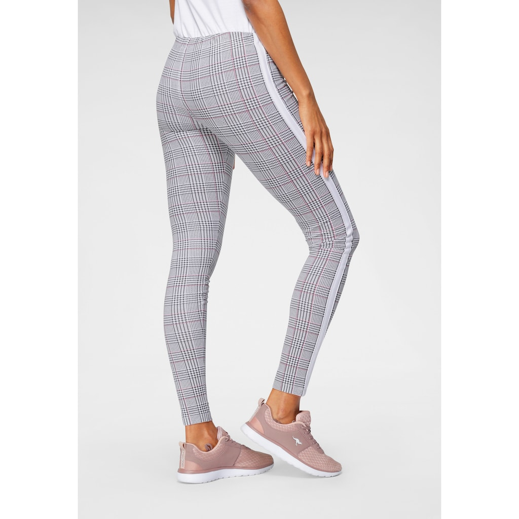 KangaROOS Leggings, mit modischem Glencheck-Allover-Print