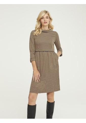 Kleid mit Umlegekragen kaufen