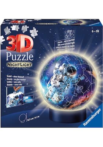 Ravensburger Puzzleball »Nachtlicht - Astronauten im Weltall«, FSC® - schützt Wald -... kaufen