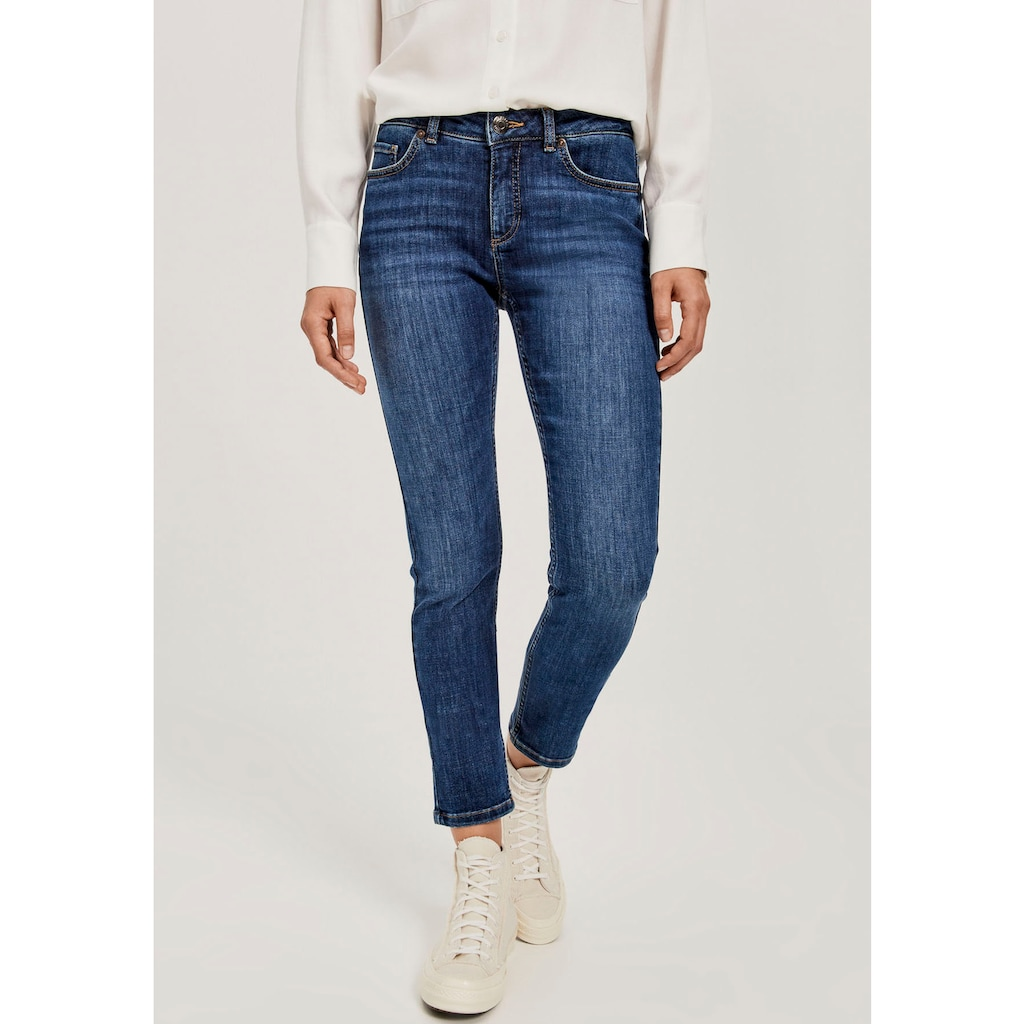 OPUS 5-Pocket-Jeans »Elma Stone«, mit modischer Waschung