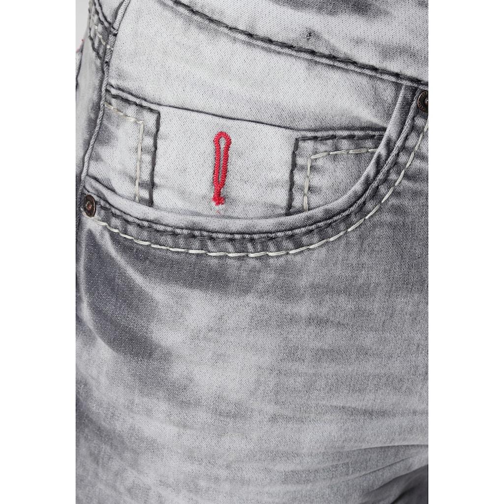 CAMP DAVID Shorts, im Used-Look