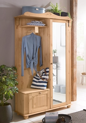 Holz-Garderobe im Landhausstil