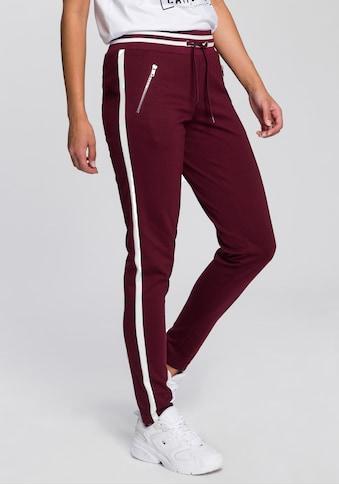 AJC Jogger Pants, im trendigem Retro-Design kaufen