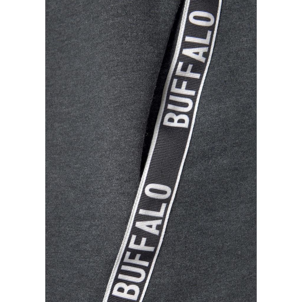 Buffalo Sweatkleid, mit bedruckten Tapestreifen