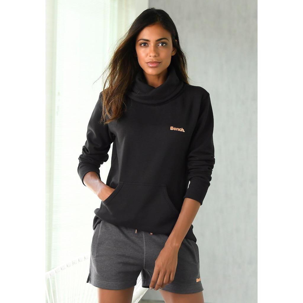 Bench. Sweatshirt, mit Stehkragen in Layeroptik