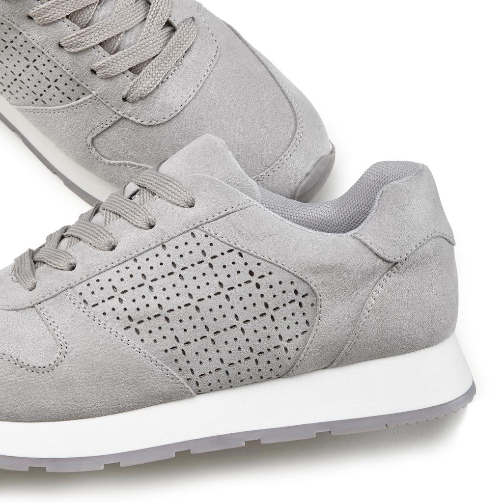 LASCANA Sneaker, mit filigranen Cut-Outs