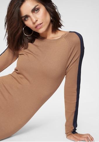 Tamaris Strickkleid, mit seitlichem Streifen kaufen
