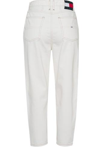 Tommy Jeans Mom-Jeans »MOM JEAN KP UHR TPRD AE736 SMBR«, mit modischen Abnähern vorn &... kaufen