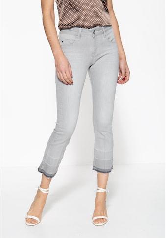 ATT Jeans 5-Pocket-Jeans »Brenda«, mit offenen Saumkanten und Waschung kaufen