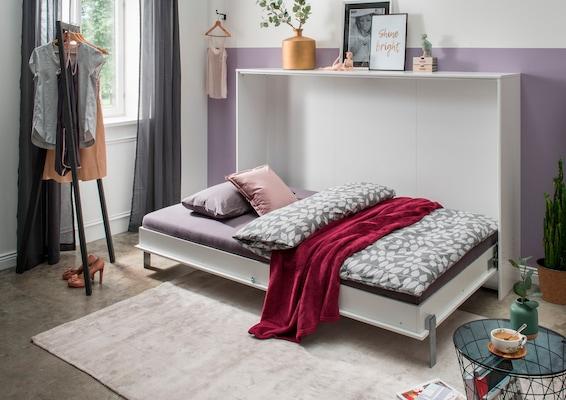 Schrankbett in Weiß