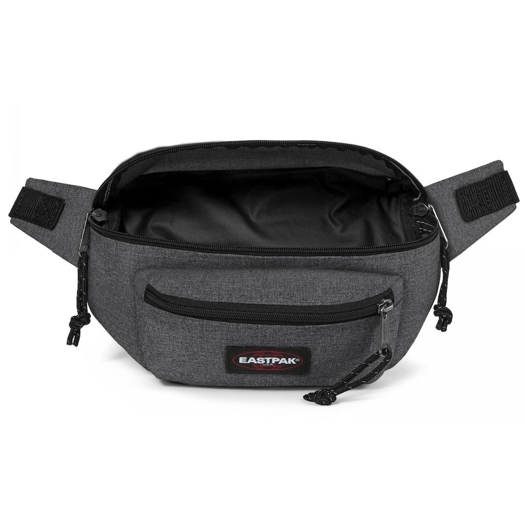 Eastpak Bauchtasche »DOGGY BAG, Black Denim«, enthält recyceltes Material (Global Recycled Standard)