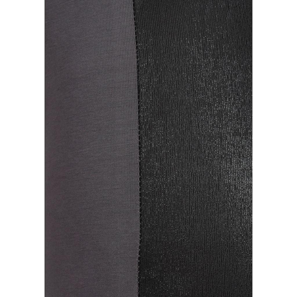Bench. Leggings, mit seitlichem Einsatz aus Lederimitation