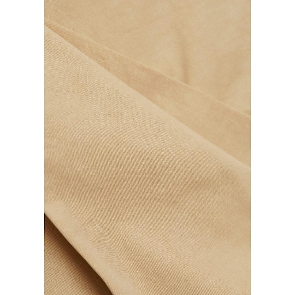 Esprit Chinohose, in geradem Schnitt mit passendem Gürtel